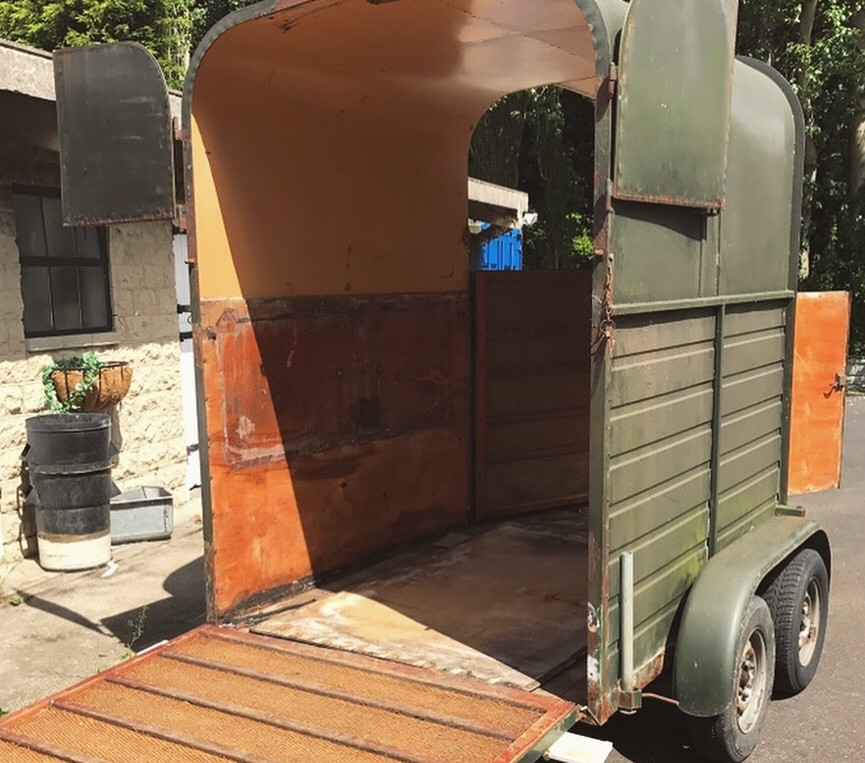 The Mini Bar, fully renovated Horse box into mobile bar | Solid Oak Designs